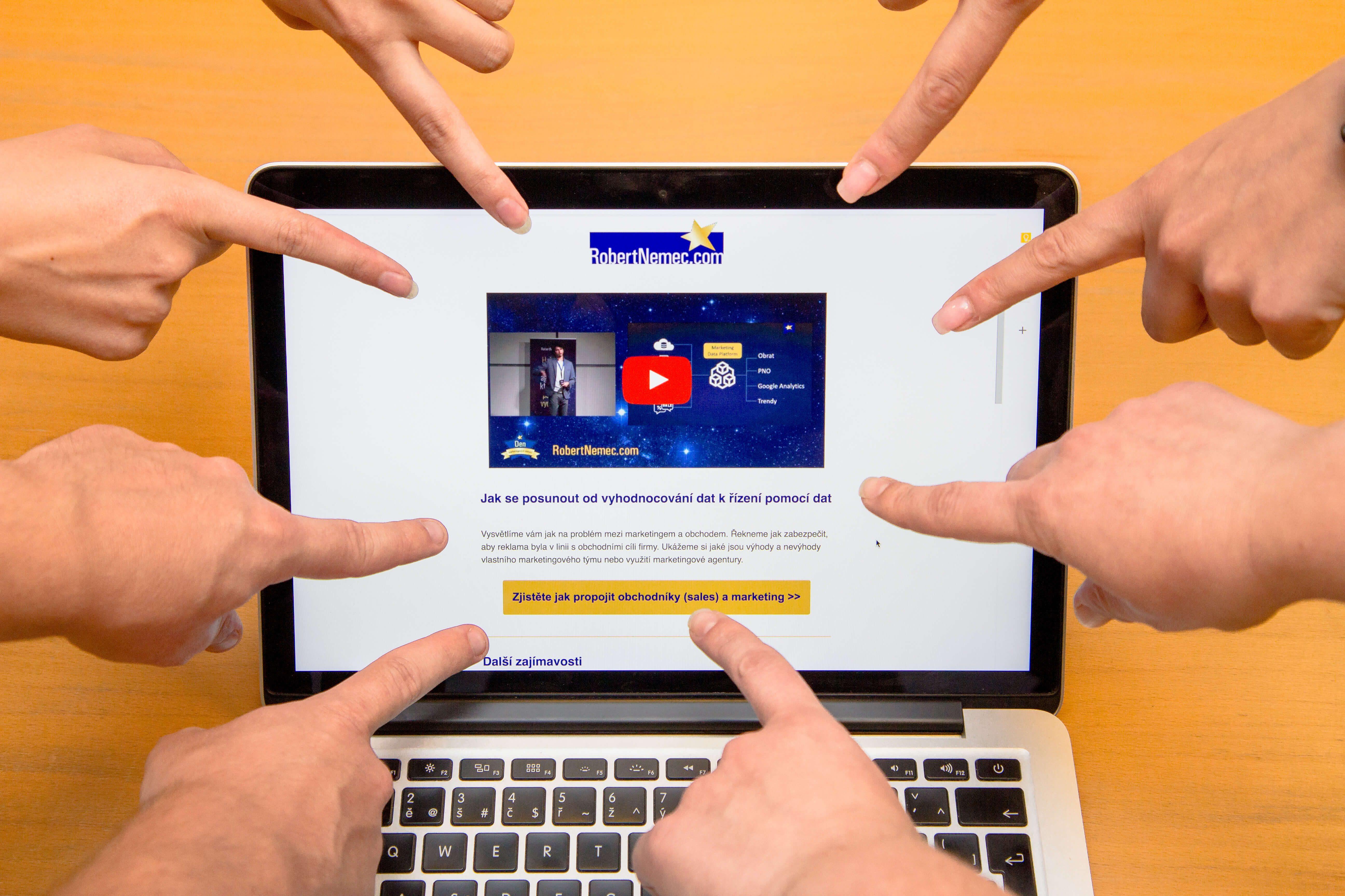 otevírání e-mailů online zdarma online seznamka webové stránky chicago